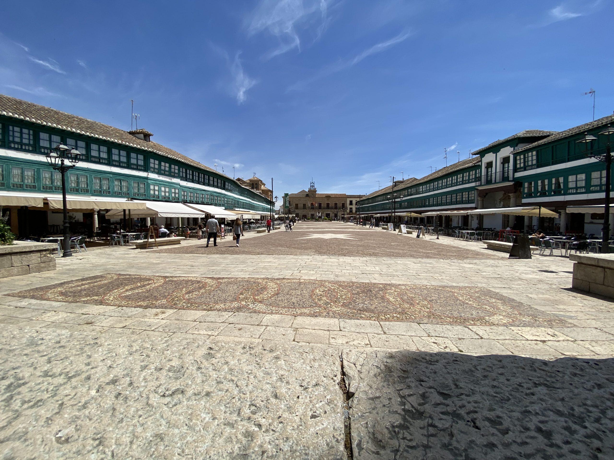 plaza-mayor-pueblo-almagro